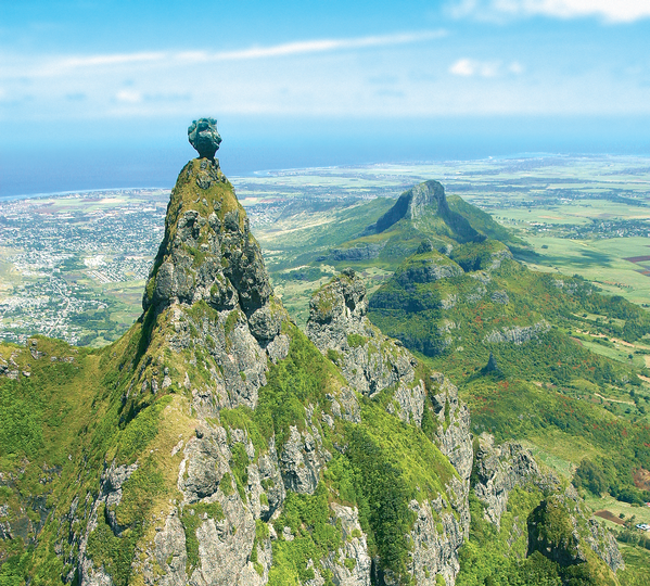 Le Pieter Both, montain of Mauritius